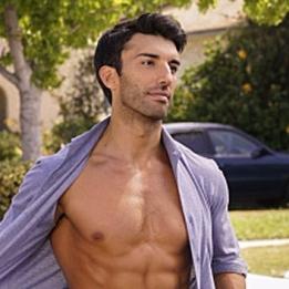 baldoni-shirtless2.jpg